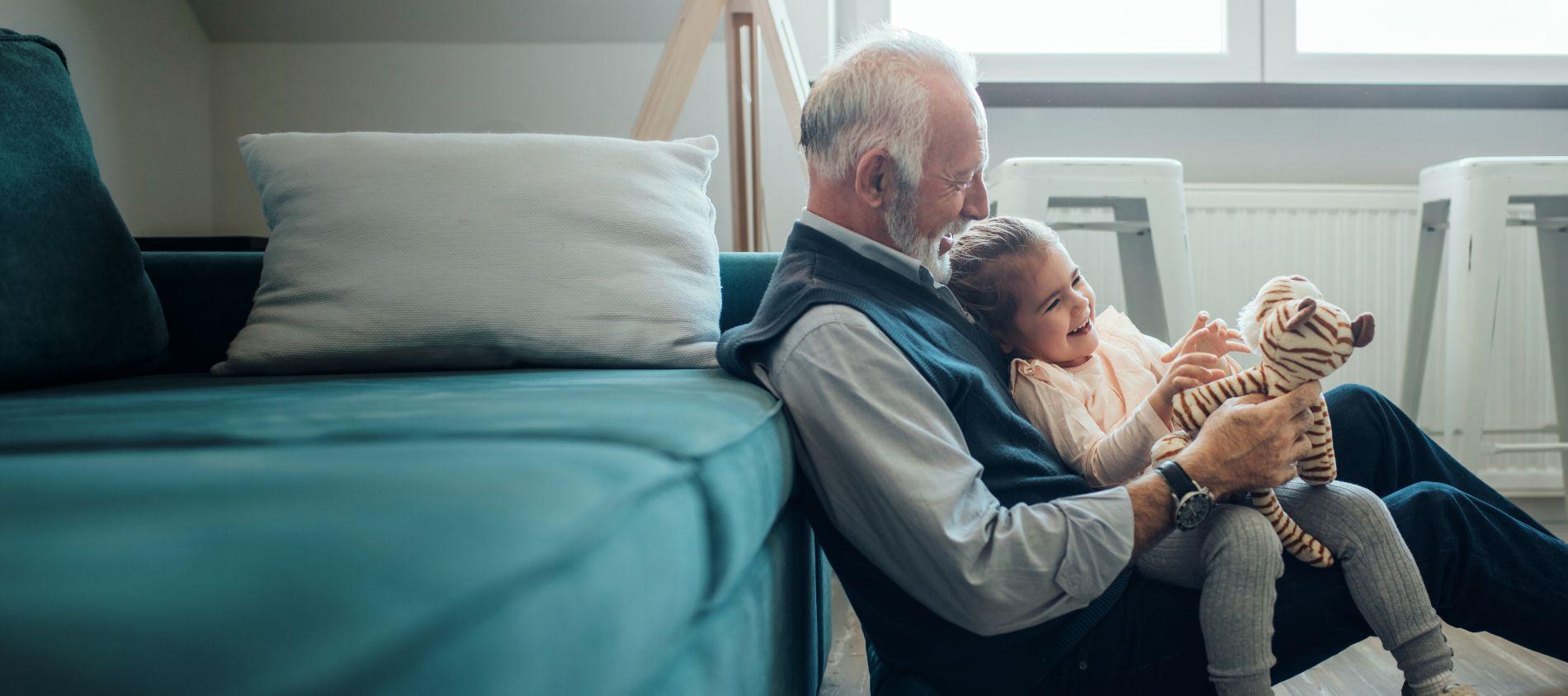 Кредит без истории и поручителей пенсионерам
